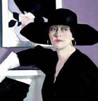 Cadell_Francis_Portrait_of_a_Lady_in_Black_1921_Thumb.jpg