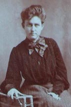 Photo of Grace Griffith circa 1905