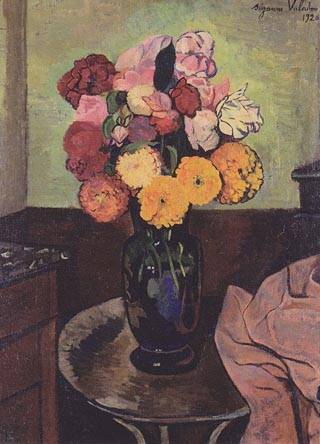 Valadon_Suzanne_Flowers_on_a_Round_Table_1920_320.jpg
